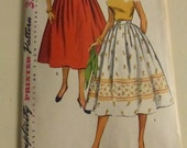 Vintage Simplicity Pattern 4648 Misses Simple to Make Skirt  Waist Size 28  Factory Fold