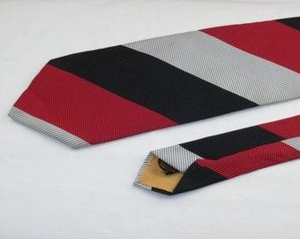 Vintage Men's Wide Tie, Red Black and White