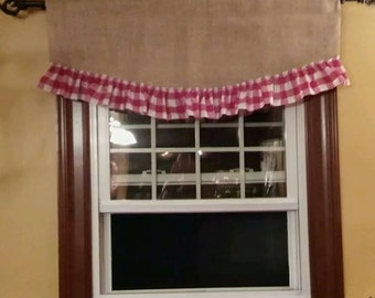 "Scalloped ruffled burlap valance Measures 40"" wide"