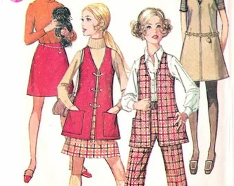 Vintage 1969 Simplicity 8360 Teen Mod Jumper or Vest, Skirt & Pants Sewing Pattern Size 9/10 Bust 30 1/2""