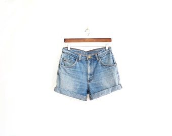 revived vintage high waisted shorts// 90s vintage high waisted jean shorts cut offs// medium 30w