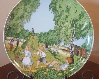 """Heinrich Villeroy and Boch """"Heuernte"""" Plate"""