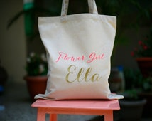 Flower girl Tote Bag, Gift wrapping for Bridal party, custom embroidered Tote Bag, favor bag, calico bag, canvas bag, customized bag