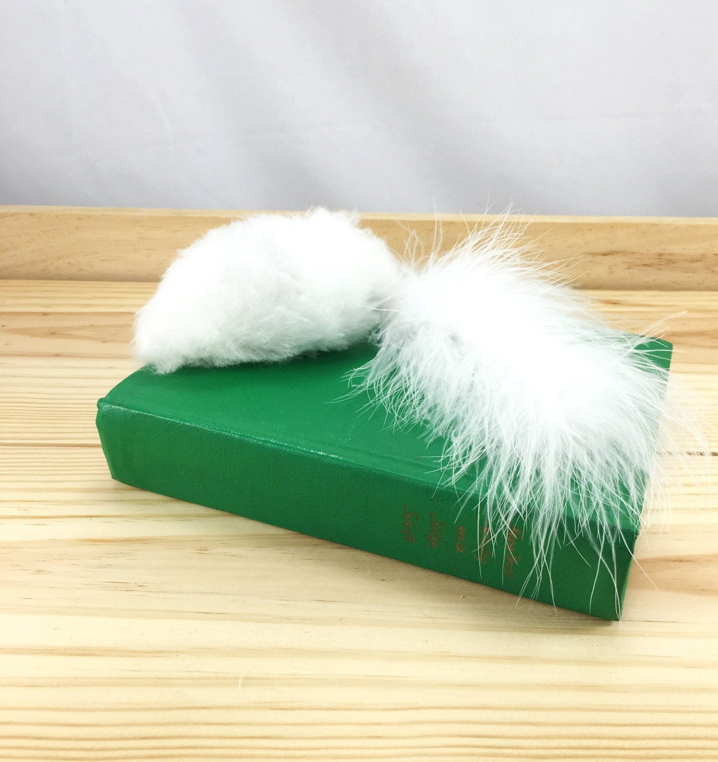 White fuzzy fluffy thing catnip cat toy for Fluffy cat toy