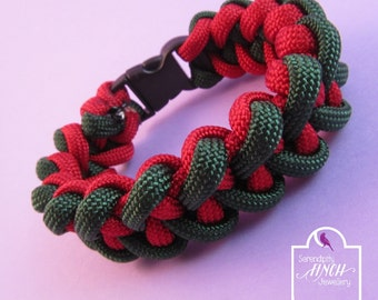 Green Red Shark Jaw Bone Paracord Bracelet, Green Red Bracelet, UK