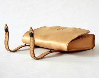 LEATHER POUCH BELT/Handmade pouch/leather case/leather purse/bags & purses/men leather wallets/gift/belt pouch/bycicle leather bag