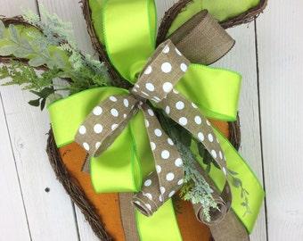 Easter Wreath, Carrot Wreath, Easter burlap wreath, Spring Wreath, Easter Carrot door swag,Carrot Swag, Bunny Wreath, Spring Easter Wreath,