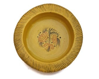LLarge Salad Bowl. Vintage Stoneware Dish with Yellow Glaze. Primavera Ceramic Basket Weave Fruit Bowl. French Rustic Kitchen Decor.