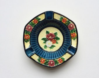 Vintage Marutomo Ware Japan floral ceramic pottery dish - Marumon ware, ashtray, plant pot stand / holder, small, midcentury, Japanese