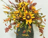 Sunflower Door Basket, Fall Door Basket, Sunflower Door Decor, Fall Wall Basket, Sunflowers, Rustic, Summer Wreath, Sunflower Arrangement