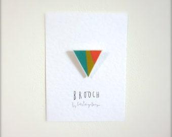 Geometric triangle scandi brooch