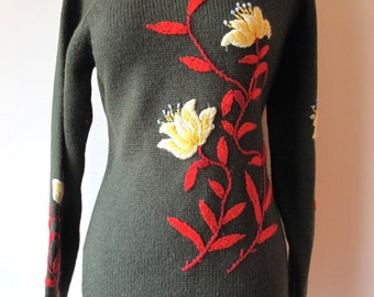 1940s Embroidered Sweater