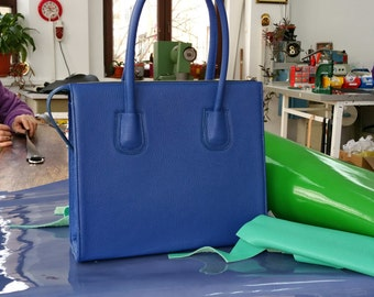 Blue LEATHER HANDBAG, Blue Leather Bag, Blue Leather Tote Bag, Blue Leather Tote,Woman Leather Bag,Minimalist Leather Bag,Medium Leather Bag