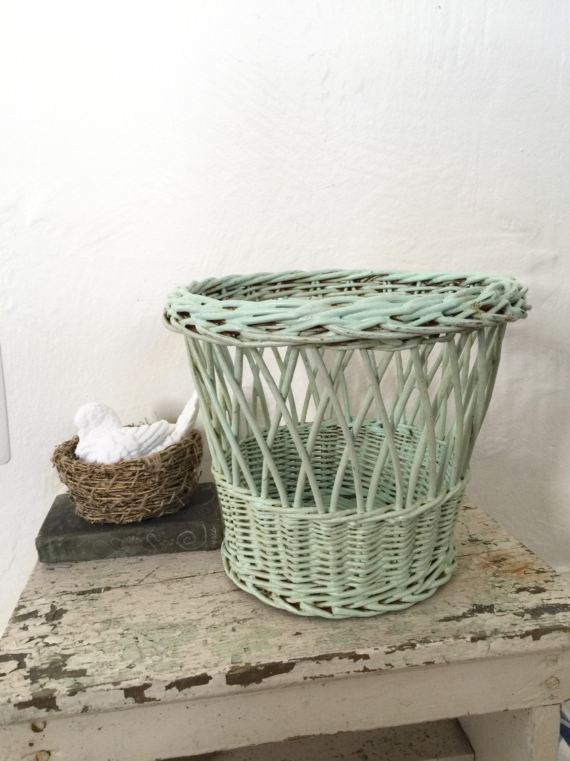 Vintage wicker waste basket trash can 1940s green - Wicker trash basket ...