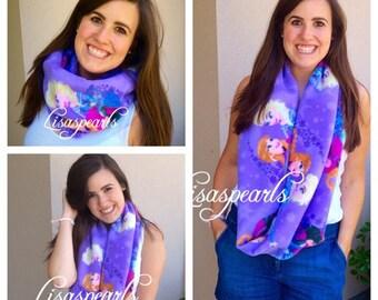 Frozen infinity fleece scarf . Elsa and Anna .