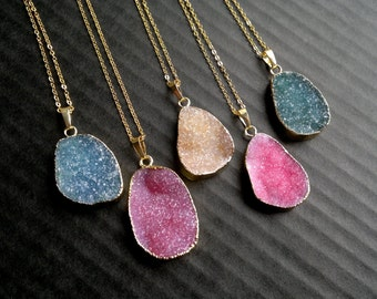 Druzy Necklace Drusy Pendant Gold Dipped Stone Gold Edged Druzy Jewelry Pink Druzy Necklace Stone Pendant Crystal Necklace Stone Jewlery