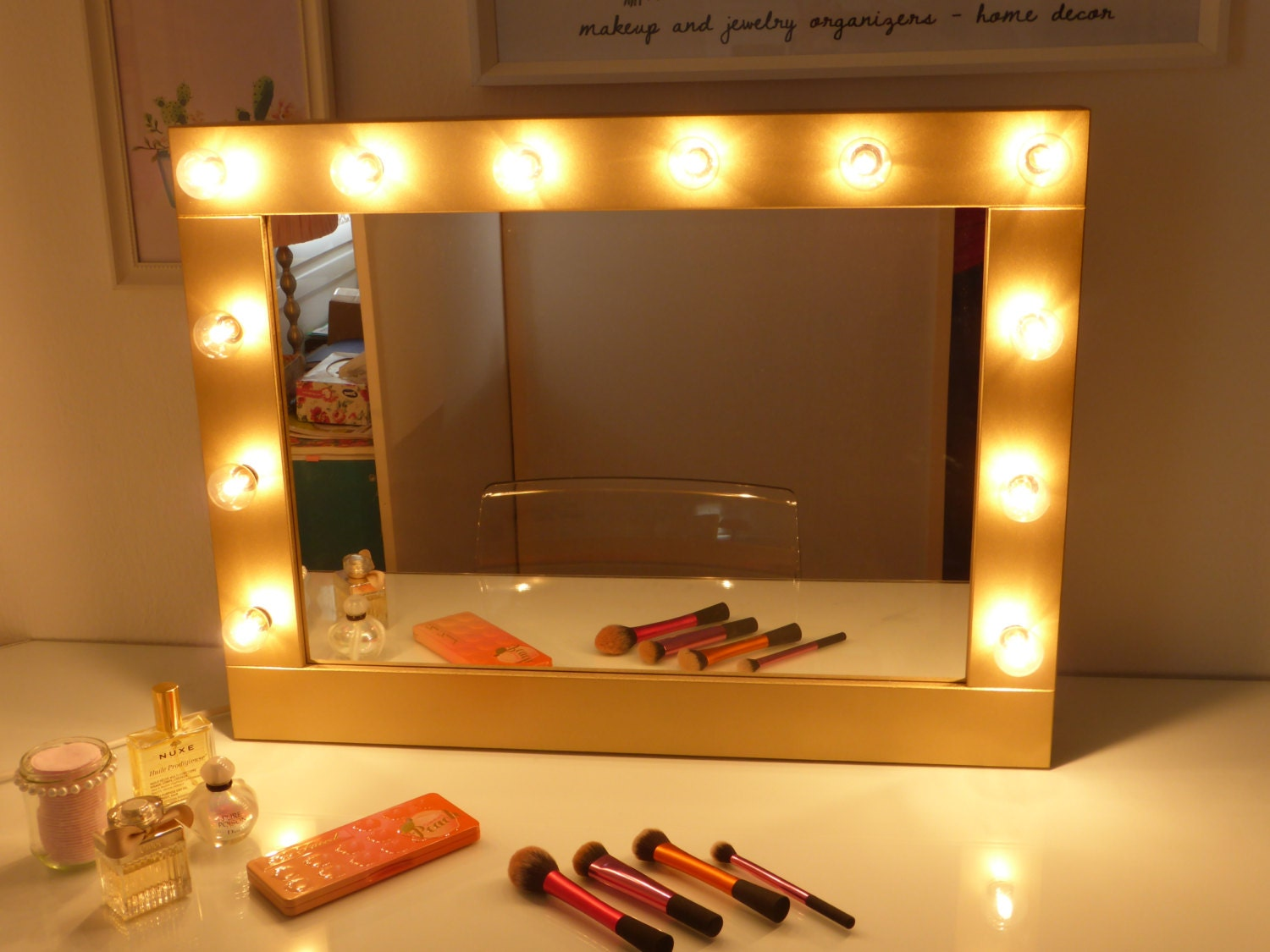 Makeup Vanity Lights With Mirror : Hollywood mirror with lights vanity mirror lighted makeup