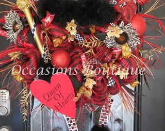 Valentine's Day Wreath, Happy Valentine's Decoration, Valentine's Gift, Queen of Hearts Wreath, Front door Wreath