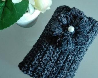 Mobile phone case handmade crochet smartphone grey wool