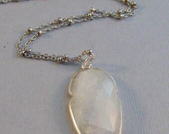 Moonstone Arrowhead,Moonstone Necklace,Moonstone Pendant,Moonstone Jewelry,Moonstone in handmade,Arrowhead Necklace,Arrowhead Jewelry