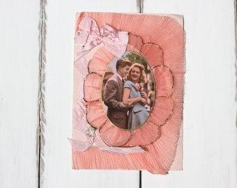 Deco romance, pink ribbon, gold detail, 3D vintage card, boy meets girl, boyfriend, girlfriend, love and romance, vintage supply  (gree/ro3)
