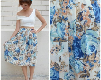 1970 Vintage Skirt/ Blue Rose Garden Skirt/ Small Skirt/ Japanese Vintage/ Floral Skirt/ Flowy Skirt/ Pleated Skirt/ Blue Skirt/ Chic Midi