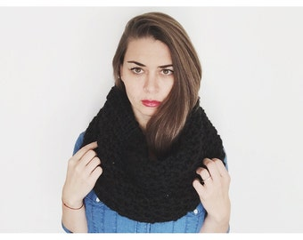 Super Chunky Knit Scarf
