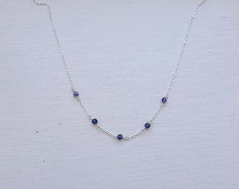 Mini beaded amethyst circlet necklace - short - 90s - simple