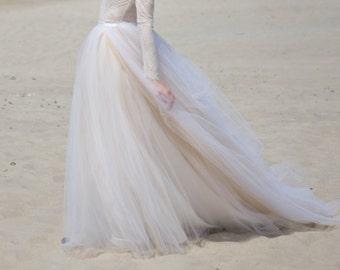 Zephyra - wedding tulle skirt / beach bridal skirt / tulle skirt long train / long train wedding skirt / custom color bridal skirt /