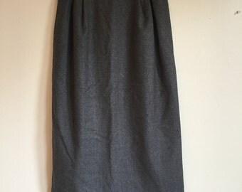 70s Grey Wool High Waist Pencil Skirt. 1970s Dark Gray Skirt. Medium.