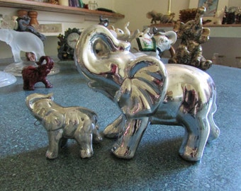 Vintage Mother & Baby Elephants Silver Tone Figurine