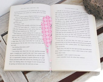 Unique bookmark with feather, pink reading accessories, book lover, gift for teachers