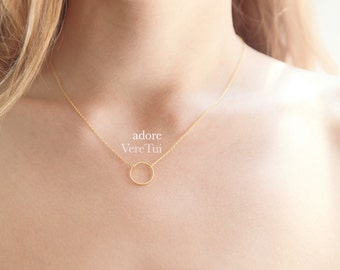Minimal Circle Infinity Ring Necklace in Gold