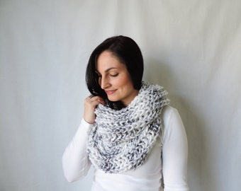 knit cowl, marble knit scarf, thick cowl scarf, circle scarf, marble neckwarmer