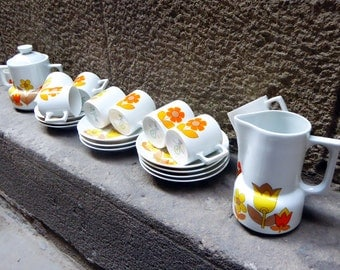 Berry coffee service from France, 60s