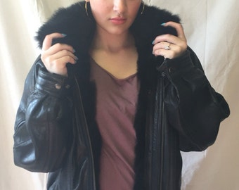 Vintage Leather Bomber Jacket with Fur Collar