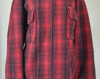 Red Plaid Woolrich Vintage 1950s Jacket, size 46