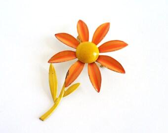 Vintage flower brooch - orange