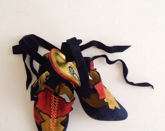 Lace up vintage heels,shoes,clogs in suede navy,made in Italy from 90s ;)