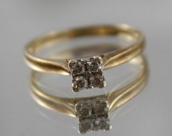 Vintage raised Solitaire 4 x diamond cluster engagement,Platinum,solid gold ring,9k, 9ct 375 gold, size USA 7.25