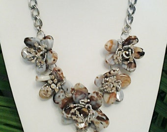 Beige and Brown Stones Flowers Necklace / Silver Chain Beige and Brown Natural Stones Necklace.