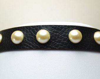 Necklace: Cream Pearl Studded Black Faux Leather Choker (NFL001)