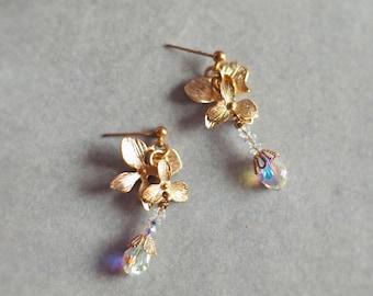 Bridal Earrings, Bridesmaid Gift ENNIS - Earrings in Gold Color