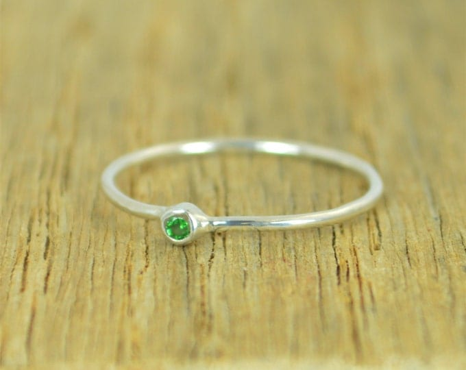 Tiny CZ Emerald Ring, Emerald Silver Ring, Minimal Silver Ring, Silver Ring Emerald, Alari, May Birthstone, Mother's Ring, Stacking Ring