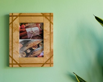 """5"""" x 7"""" Maple with Mulberry Inlay Frame"""