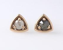 14k Solid gold Rough Diamond Stud Earrings, Solid 14K Gold Earrings, Stud Earrings, Diamonds Studs, Small Earrings, Minimalist Earrings
