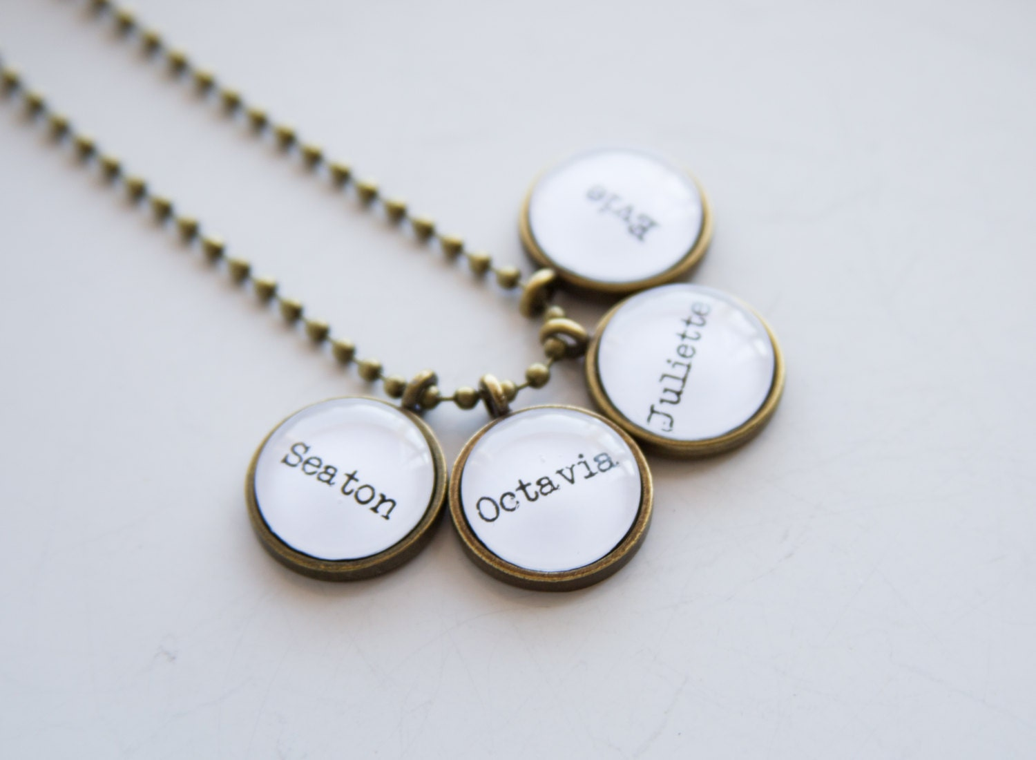 mom necklace kids names jewelry family necklace mothers. Black Bedroom Furniture Sets. Home Design Ideas