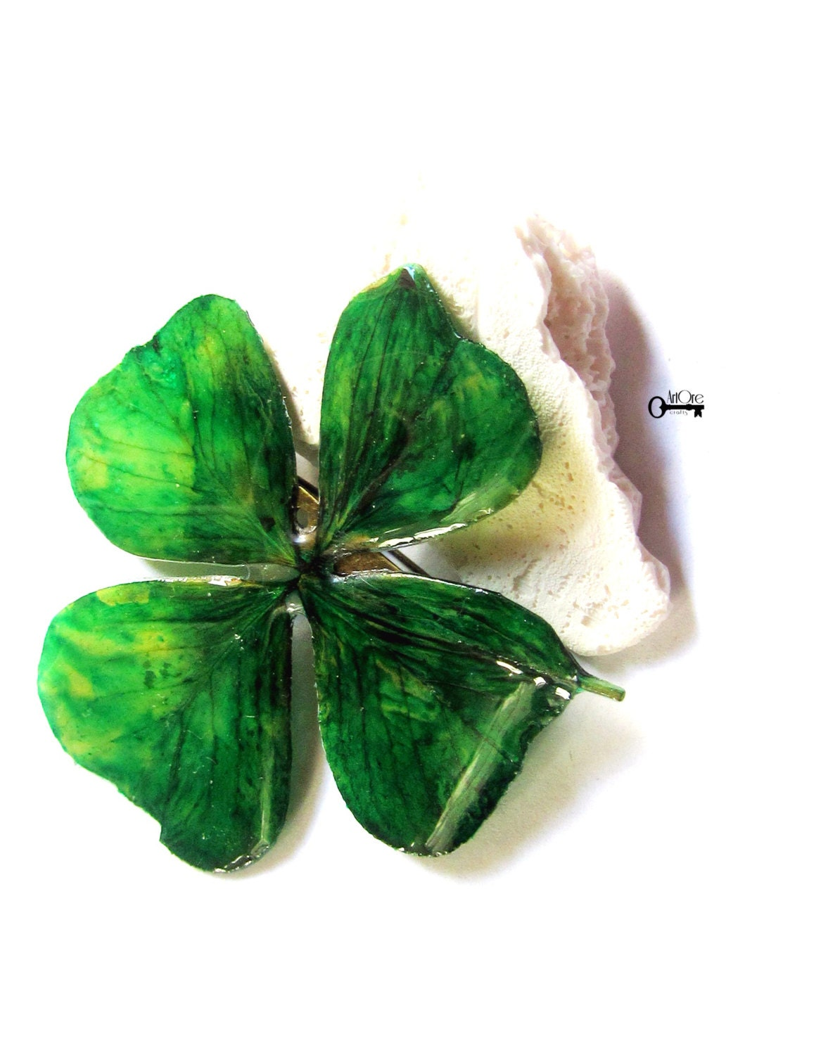 Green lucky shamrock necklace four leaf clover charm emerald green -  Zoom