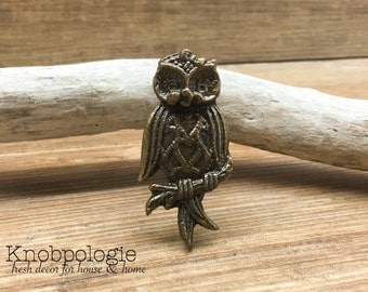 Perched Owl Knob - Antique Bronze Owl Drawer Pull - Cabinet Knob - Furniture Hardware Drawer Pull - Decorative Knob - Bird Owl Nursery Decor