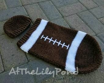 Newborn Crochet Outfit, Newborn Halloween costumes, Crochet Football Outfit, Football Cocoon, Baby Halloween Costume, Crochet Baby Hat